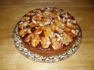 Apfelsandkuchen als Torte