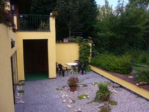Eingang über die Terrasse