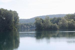Blick über den Freizeit- zum Naturschutzsee