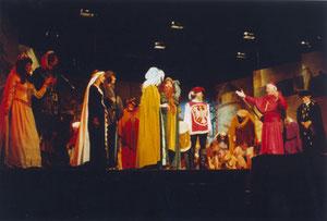 Innenbühne in der Stadthalle - Aufführung im Jahre 2005