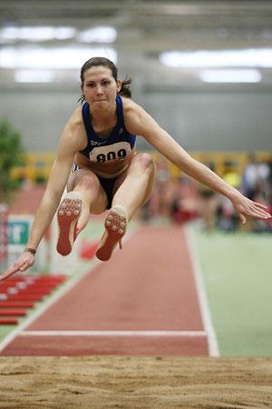 Mit 5,96 Metern stieg Klaudia Kaczmarek beeindruckend in die Hallensaison 2014 ein. (Foto: Roman Buhl)