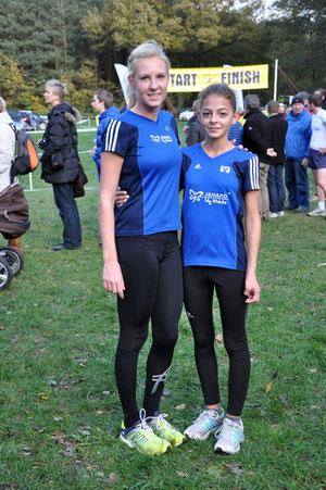 Jasmin Nieland (links) und Alicia Südholt treten bei der Cross-DM in Löningen an.