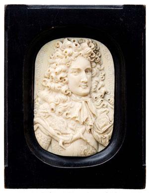 Elfenbein-Medaillon des Friedrich I. von Preussen