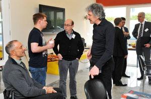 Im Gespräch mit Geschäftsführer A. Zawatzky (rechts hinten). Foto IHK Rhein-Neckar