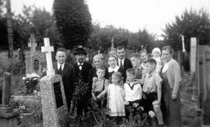 Eine Aufnahme aus 1936 zeigt den Großvillarser Friedhof