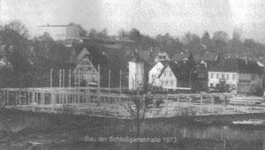 Bau der Schloßgartenhalle in Flehingen 1973