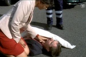 """Der Tote am Straßenrand"". (Screenshot)"