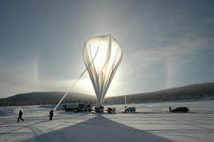 The start of a Bexus balloon from the Esrange Space Center in Kiruna in northern Sweden. (©DLR)