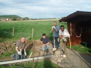 Von links: Karl Tolle und die Ortsratsmitglieder Hartmut Oehlsen, Detlef Hildebrandt und Hans-Joachim Eggert