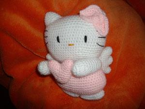 Hello Kitty Crochet: Supercute Amigurumi Patterns for Sanrio ... | 225x300