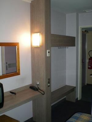 Mobilier de chambre d'hotel