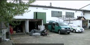 230,000 euros were detected in this garage