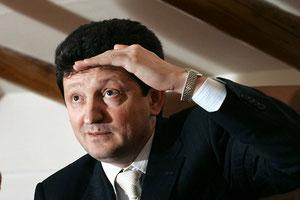 Rashid Mursekaev in search of a hideout