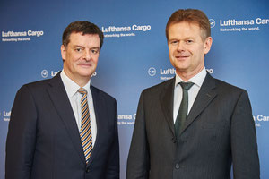 LH Cargo's CEO Peter Gerber (right) and CFO Martin Schmitt presented the 2015 results  -  pictures: Stefan Wildhirt