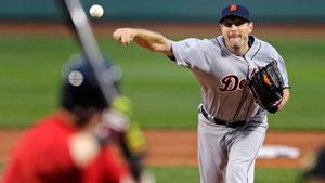 Max Scherzer lanciatore vincente dei Tigers contro i Red Sox per 1-0 (AP Photo/Charles Krupa)