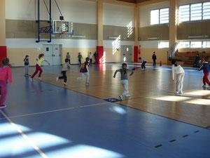 Minibaseball a scuola. Foto dal sito www.trexpastrengo.eu
