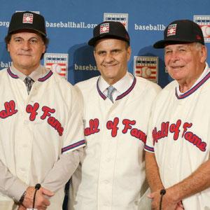 Nella foto Tony La Russa, Joe Torre e Bobby Cox (AP Photo/John Raoux)