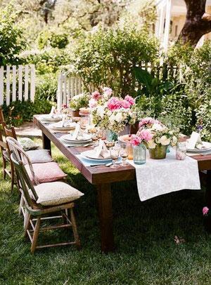 déjeuner dehors, décoration de table, déco table été