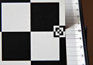 Небольшой фронт фокус на 70 мм f/2.8