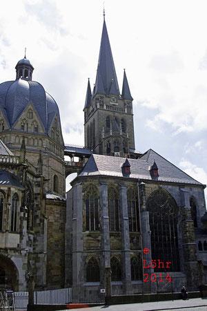 Aachener Dom, vom Katschhof aus gesehen