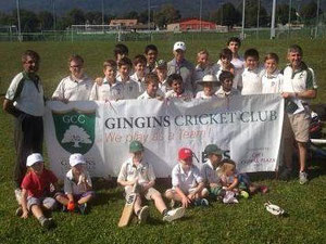 Nasser Hussain & members of Gingins CC (26.9.2014)