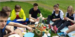 Gesund ernährt ist halb gewonnen - LGS-Picknick in Rheine...