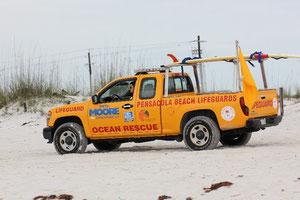 Rettungswagen am Strand