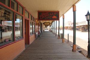 Foto Sidewalk Tombstone