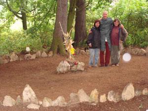 Posvátný kruh kamenů v Babčicích u Tábora, kde se konají Mayská setkání ročně.