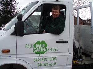 Paul Baur Gartenpflege unterwegs