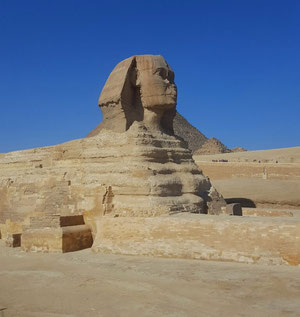 Visit the pyramids on a budget - Dante Harker