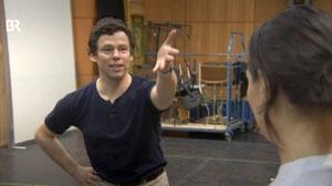 Toni Gruber im Studio der Bayerischen Staatsoper