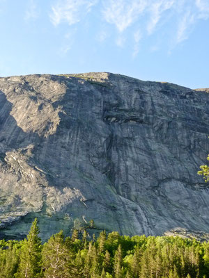 "Die Route ""Mot Sola"" Nissedal, Tradclimbing"