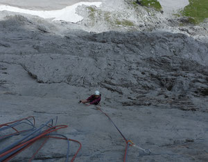 Klettern Mehrseillänge A la rechèrche de Peter Pan, Fermeltal, rote Fluh