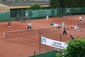 Tennis beim TC Rot-Weiss Dillingen war, ist und wird auch in Zukunft attraktiv sein.