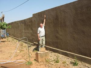 Mauerhöhe 2.20 m, Mauerlänge 293 m