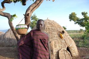 El Gobierno de Etiopía ha empezado a expulsar a tribus de sus tierras, como la de los mursis, para dejar paso a plantaciones a gran escala. © Survival