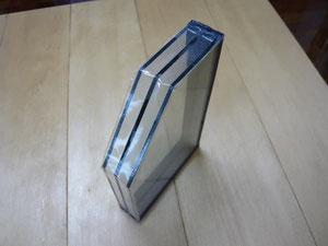 トリプルガラス写真