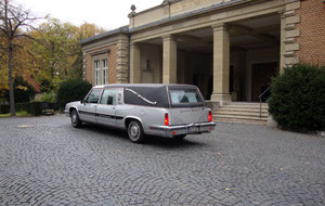 Beerdigung Friedhof Trauer