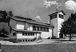 Luthern Bad, Postkarte Wallfahrtskirche Maria Heilbronn Luthern Bad (870m) Neubau eingeweiht 1950, Foto Friebel Sursee, Poststempel Luthern Bad 15.8.1955  (LB 24)