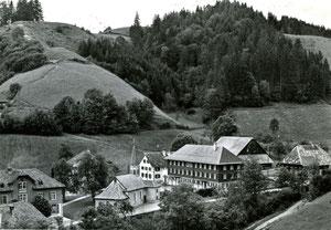 Luthern Bad, Postkarte mit Erziehungs- & Ferienheim Maria Heilbrunn, Foto Bernhardt Huttwil, Poststempel Luthern Bad 24.7.1953  (LB 19)
