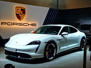Der Porsche Taycan Turbo S - sehr schnelles Spielzeug für Gutbetuchte