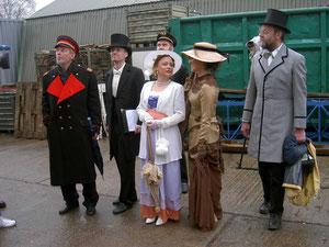 Taufgäste in historischer Kleidung, Arnis 01.04.2003