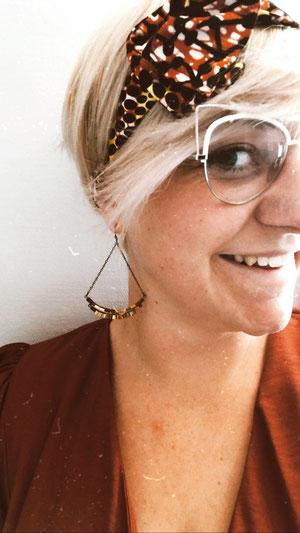 Boucles d'oreilles dorées pendantes - Joséphine Point Barre