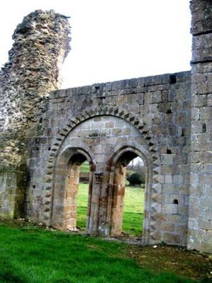 Abbaye de Savigny-le-Vieux