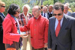 Accueil du nouveau ministre délégué aux affaires européennes, Bernard Cazeneuve, sur l'île de Tatihou, en présence notamment de Patrice Pillet et de Francine Aguiton