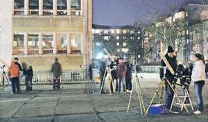 """Gut 100 Sternengucker trafen sich zur 2. von 40 Veranstaltungen zu """"40 Jahre Nord"""" an der Grundschule """"Am Kannenstieg"""". Foto: privat"""