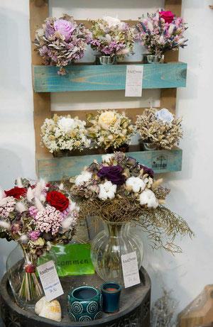 Trockenblumen Foreverrosen in Wien kaufen