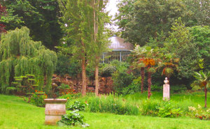 Un des espaces verts conçus par Alphand (Second Empire)