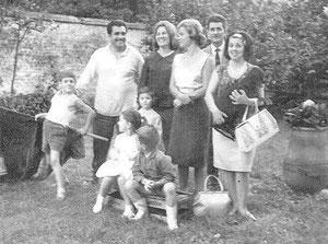 Léon, à gauche sur la photo